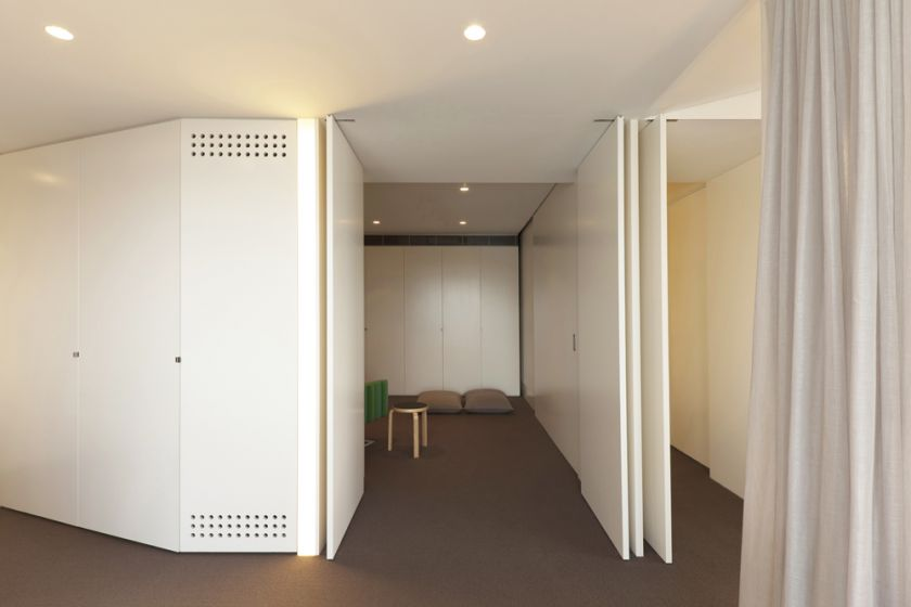 Darling Point Penthouse folding & sliding doors sequence